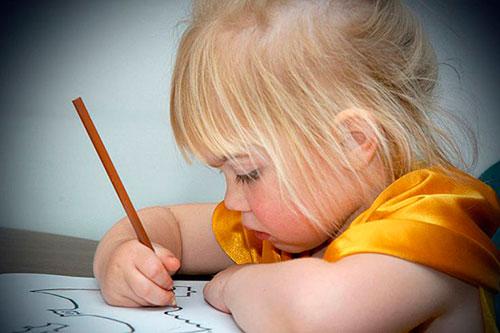 Cómo aprender a escribir un niño zurdo