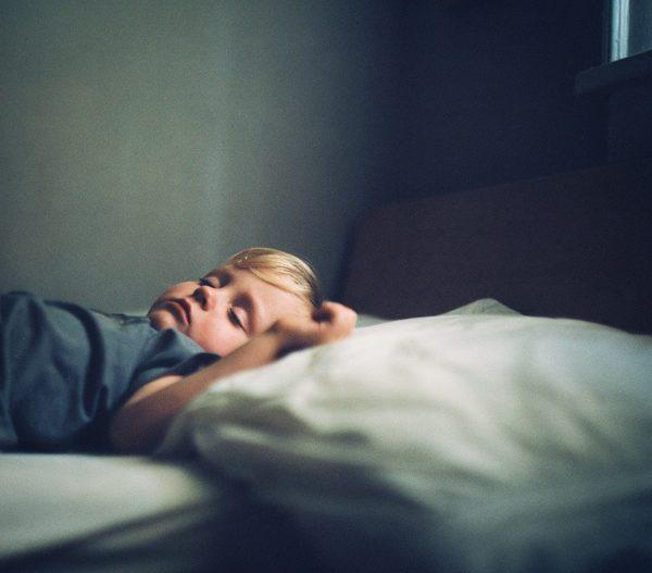 Aprender a dormir solo a un niño